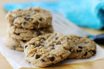 Irresistible Peanut Butter Chocolate Chip Cookies