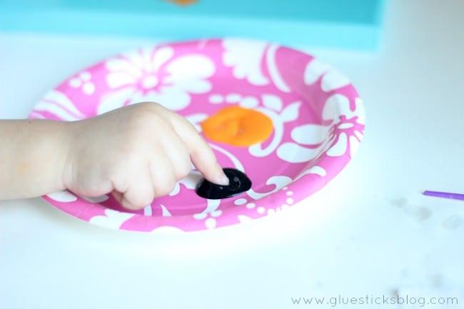 Simple Preschool Craft Fingerprint Poppies Gluesticks