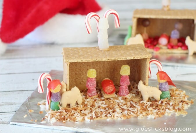 Nativity Graham Cracker Activity for Kids