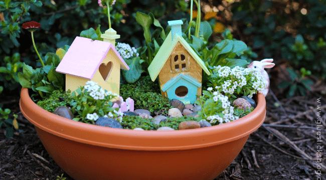 Make a Pixie Hollow Fairy Garden for Backyard Play