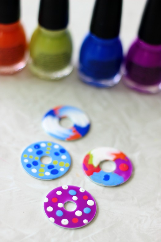 These nail polish washer necklaces are such a unique craft to make! Simply paint a metal washer with nail polish and let dry. Use different colors to create patterns. A great camp project for teens!