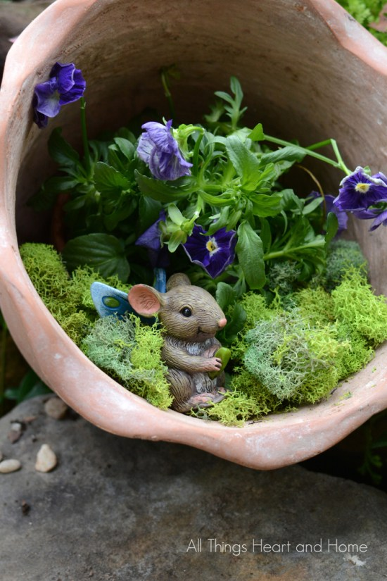 10 Fairy Garden Ideas