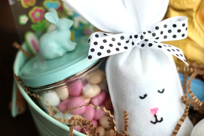 Easter bunny candy filled treat bags gluesticks these easter bunny candy filled party favors are quick and easy to make and fun for negle Choice Image