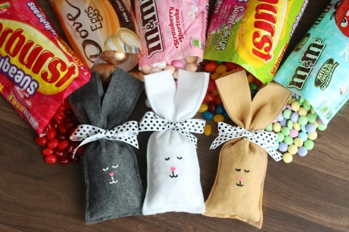 These Easter Bunny Candy Filled Party Favors are quick and easy to make and fun for a class party or to surpriseyour kids in their Easter basket!