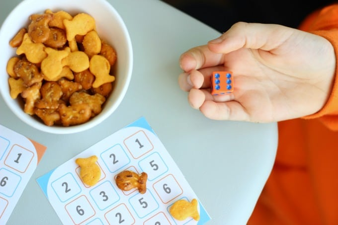 Looking for a quick and easy game for kids to play? Number dash takes 10 seconds to learn and is SO fun! Perfect for a rainy day.