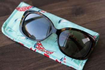 15-Minute Sunglasses Case Tutorial