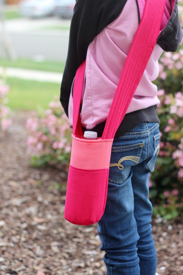 Help kids stay hydrated sew up a bright and bold water bottle holder that they can carry on their own. A great option for field trips & summer activities!