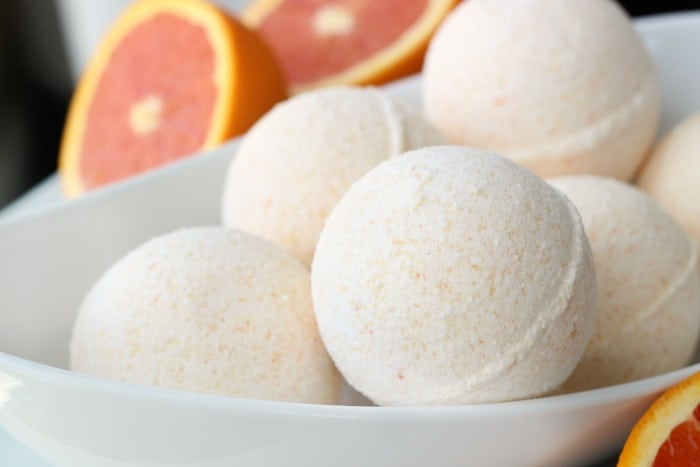 DIY Sweet Orange Bath Bombs