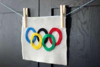 Winter Olympics Craft: Olympic Flag