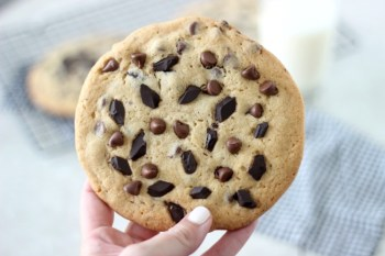 Jumbo Chocolate Chip Cookies: 1 Cookie = 4 Cookies!