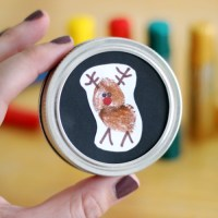Thumbprint Reindeer Ornament for Toddlers and Preschoolers