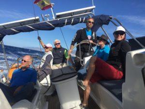 Die Crew geniesst den letzten Segeltag