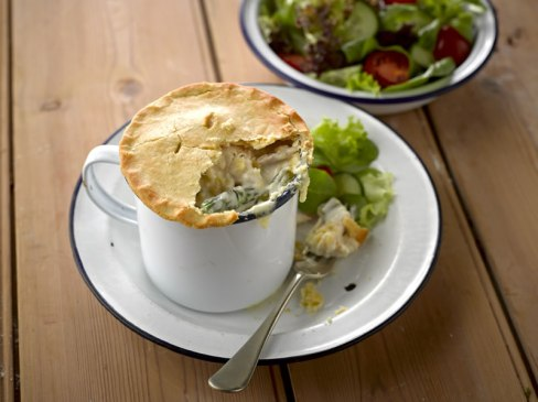 Udi's Chicken, Asparagus and Garden Pea Mug Pie