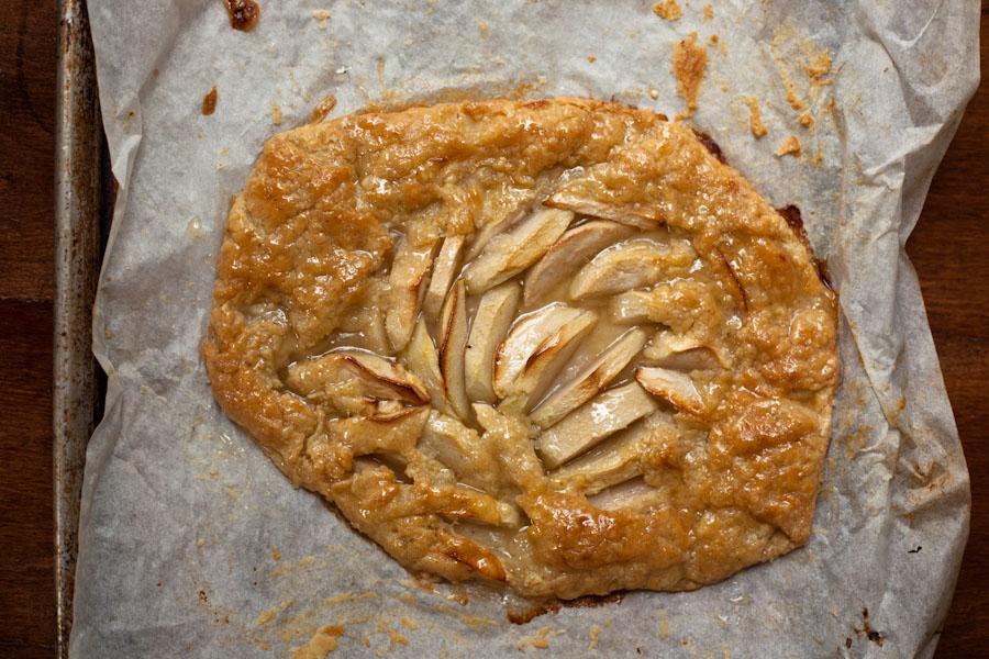 Easy Bake Apple Cake
