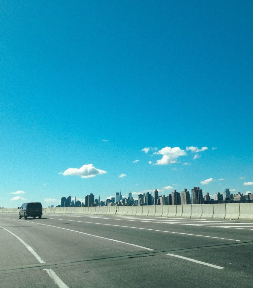 Berkshires- driving into NY