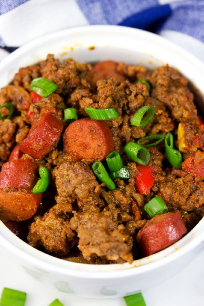 Gluten Free Chili with Hot Dogs