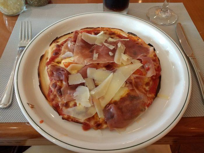 Gluten free pizza on Sapphire Princess | Gluten Free Horizons