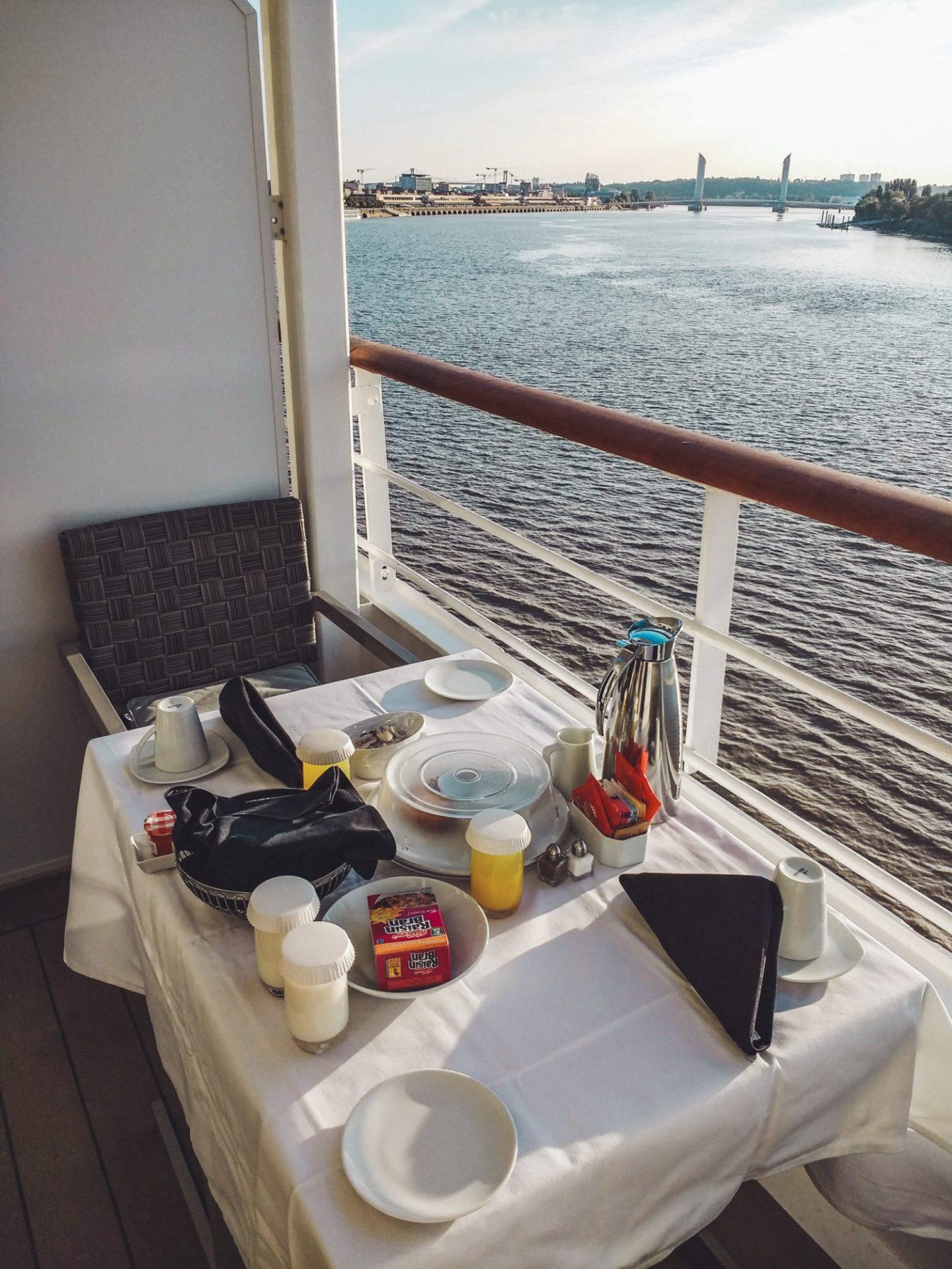 Azamara Pursuit - breakfast on the balcony
