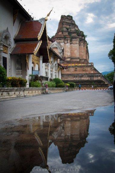 wat_chedi_luang_chiang_mai_thailand