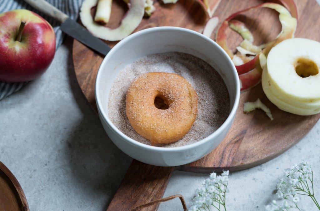 Das perfekte Soulfood für den Herbst: glutenfreie Apfelküchle