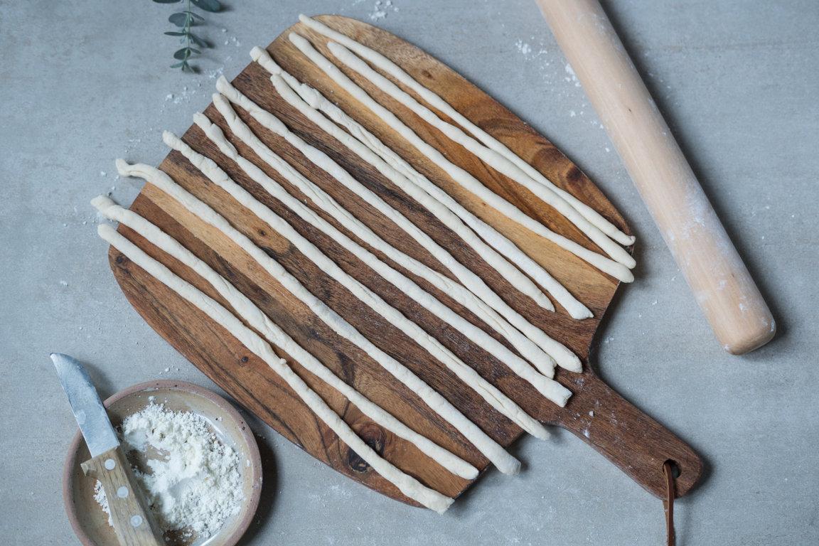 So sehen die rohen glutenfreien Grissini aus
