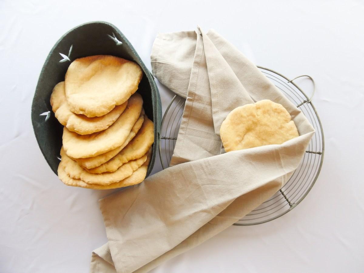 Lækre luftige glutenfrie pitabrød