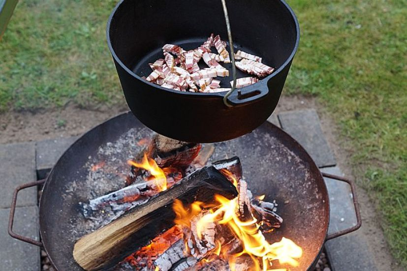 bacon-im-dutch-oven