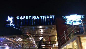 Cafe tiga Tjeret