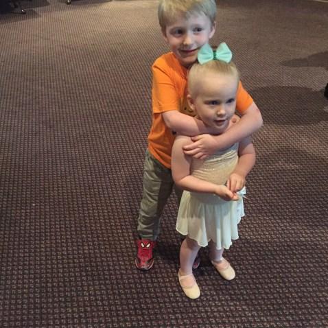 Buddy.Sis 5.16 dance