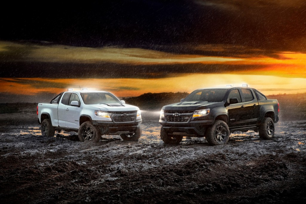 (L to R) 2018 Colorado ZR2 Dusk and ZR2 Midnight Editions