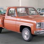 In Depth With The 1975 Chevrolet C10 Video Gm Authority