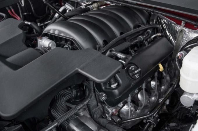 2020 GMC Yukon Engine