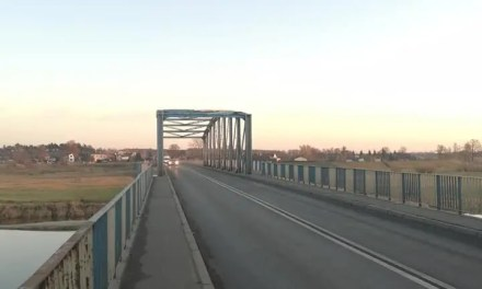 Rogalinek – budowa nowego mostu nad wartą.