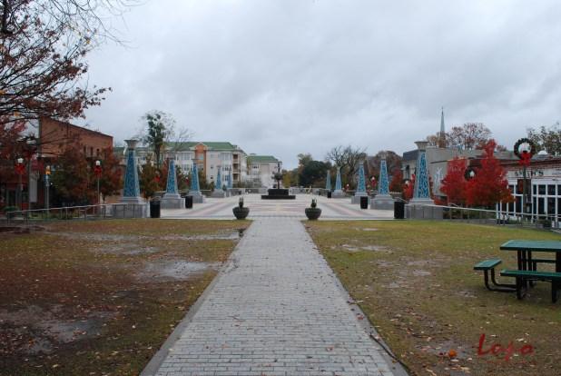 Decatur Square, Wednesday, 11 November 2009; taken with a Nikon D60 DSLR.