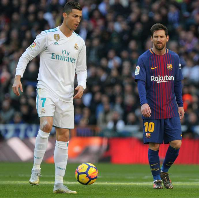 Lionel Messi could play with Cristiano Ronaldo after Juventus approach  Barcelona star | GiveMeSport
