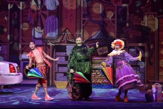 Christopher Jaftha (Aladdin), Jeremy Mansfield (Abanazar) &