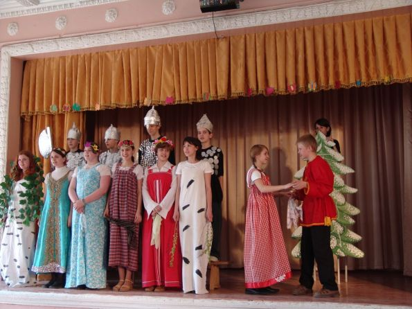 Children's event at the 551st School of Moscow, in honor of our mission