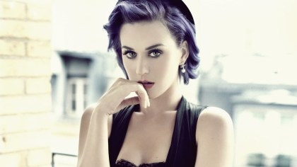 Katy makes purple look so good (Taringa)
