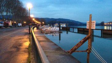 The wharf at Tournon