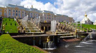 Peterhof Palace - the fountains