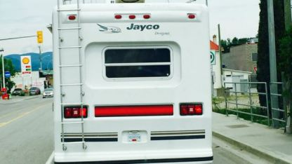 A Jayco 5th Wheeler.