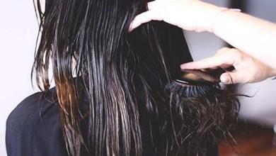Photo of مخاطر تسريح شعرك وهو مبلل