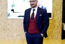 Photo of علي الرفاعي يحب المطالعة والأدب والشعر ويتابع الشعراء القدامى والمعاصرين