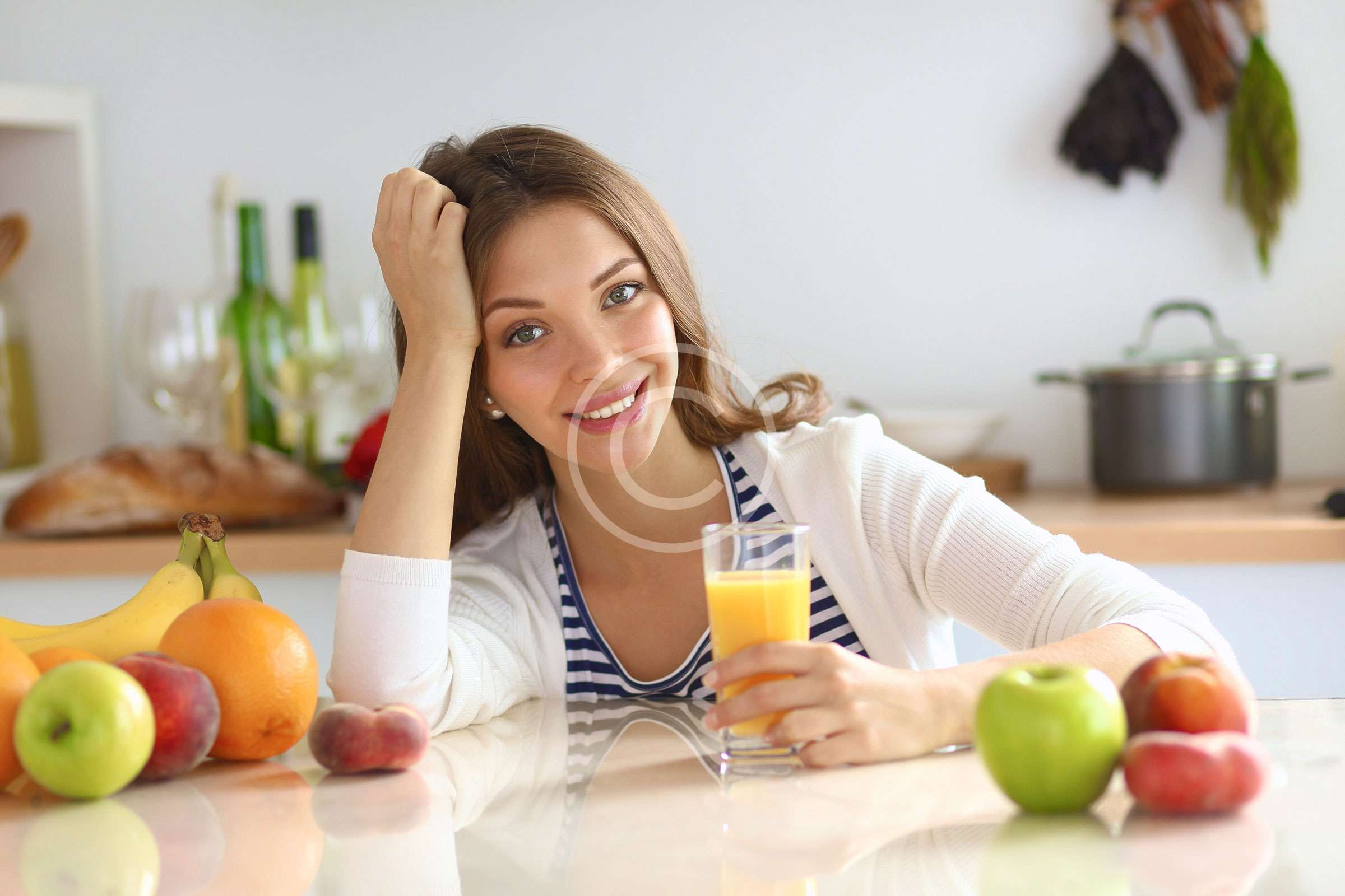All Pros and Cons of a Juice Cleanse