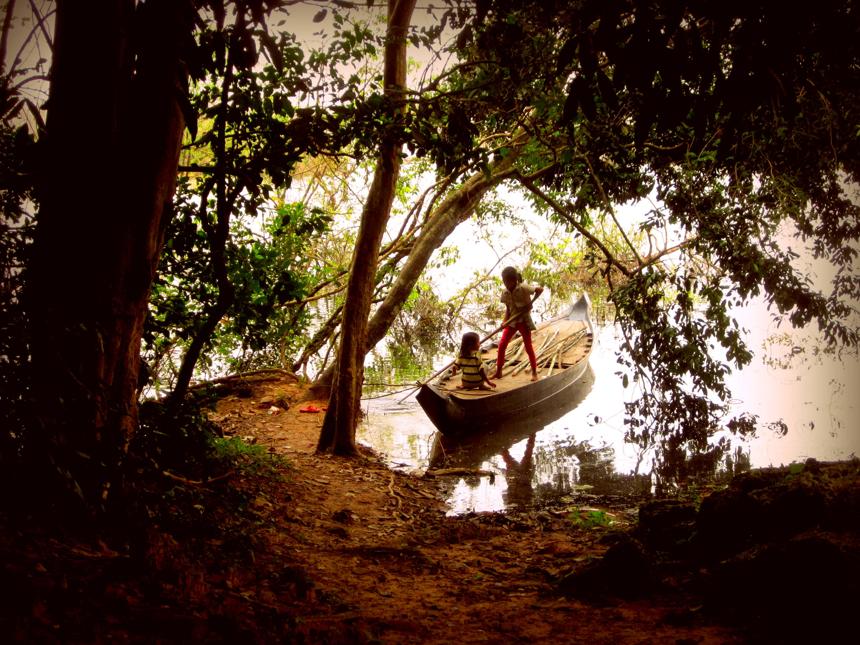 Cambodian girls in their boat