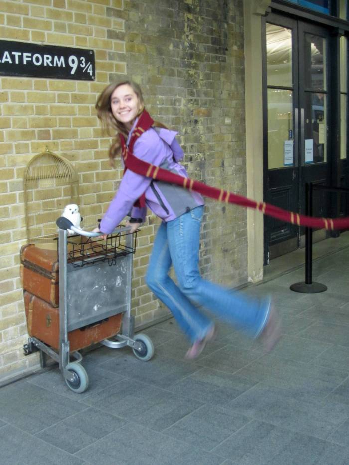 SO MAGICAL!! PLATFORM 9 AND THREE QUARTERS. London, England