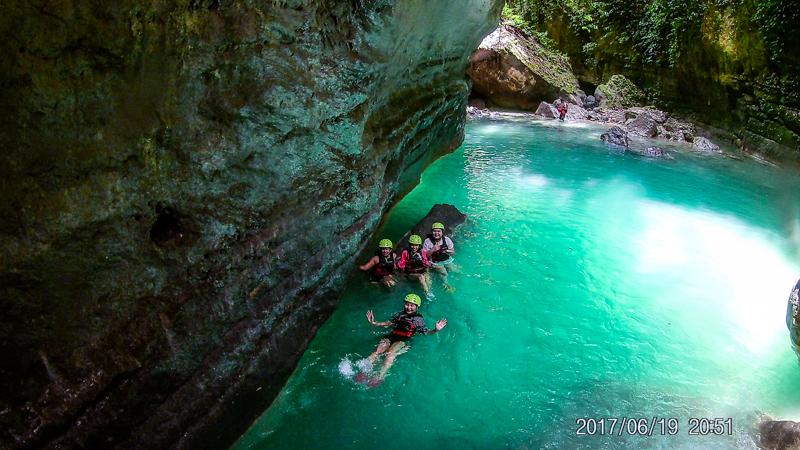 Canyoneering in Kawasan Falls