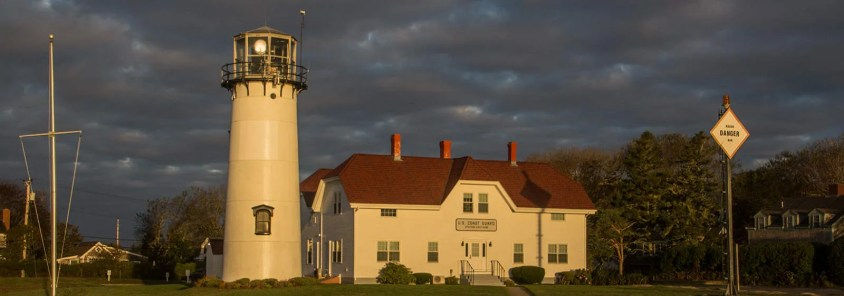 chatham-lighthouse-hero-img_2780_2940