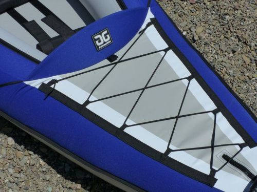Bungee deck lacing and splash guards.
