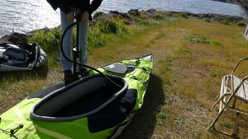Pump up the kayak